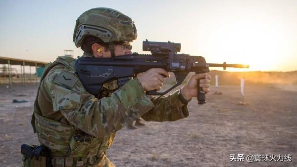美军累计确诊突破14万,调动不停害死盟友,海军陆战队抵达澳大利亚报告确诊
