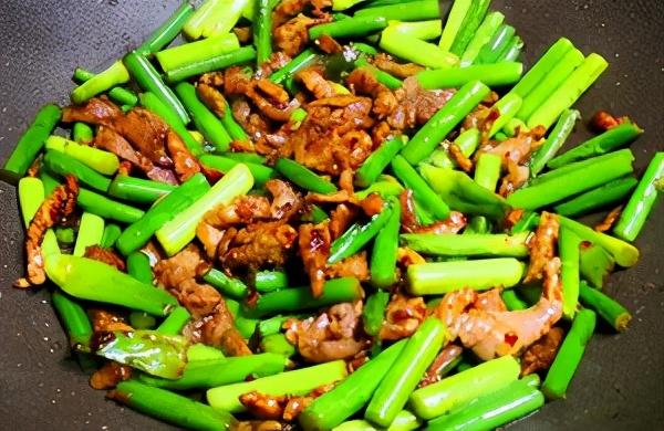你炒的肉又老又柴还塞牙?原来是少了这1步,难怪上桌没人动筷子 美食做法 第17张