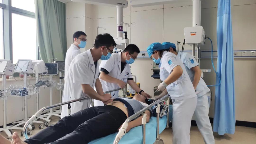 5G+医疗 医院联合滨海新区急救分中心组织创伤中心急救演练