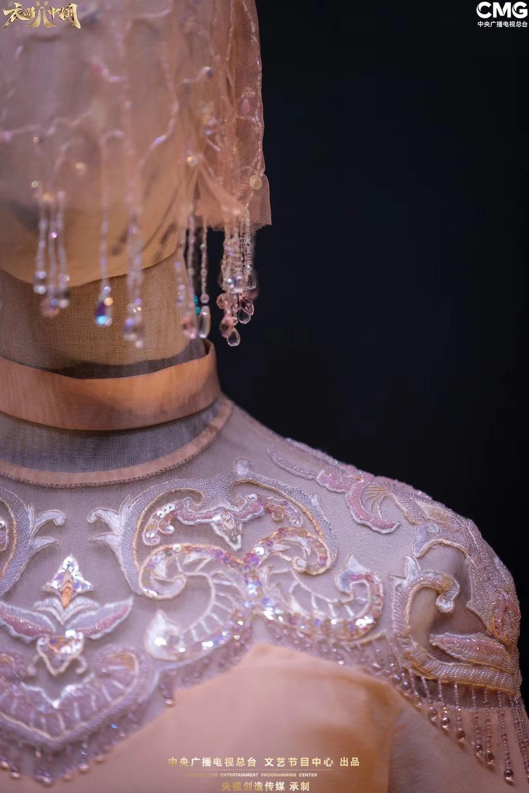 """《衣尚中国》携手卡萨帝""""空气洗"""",再现中西方文化""""和合之美"""""""
