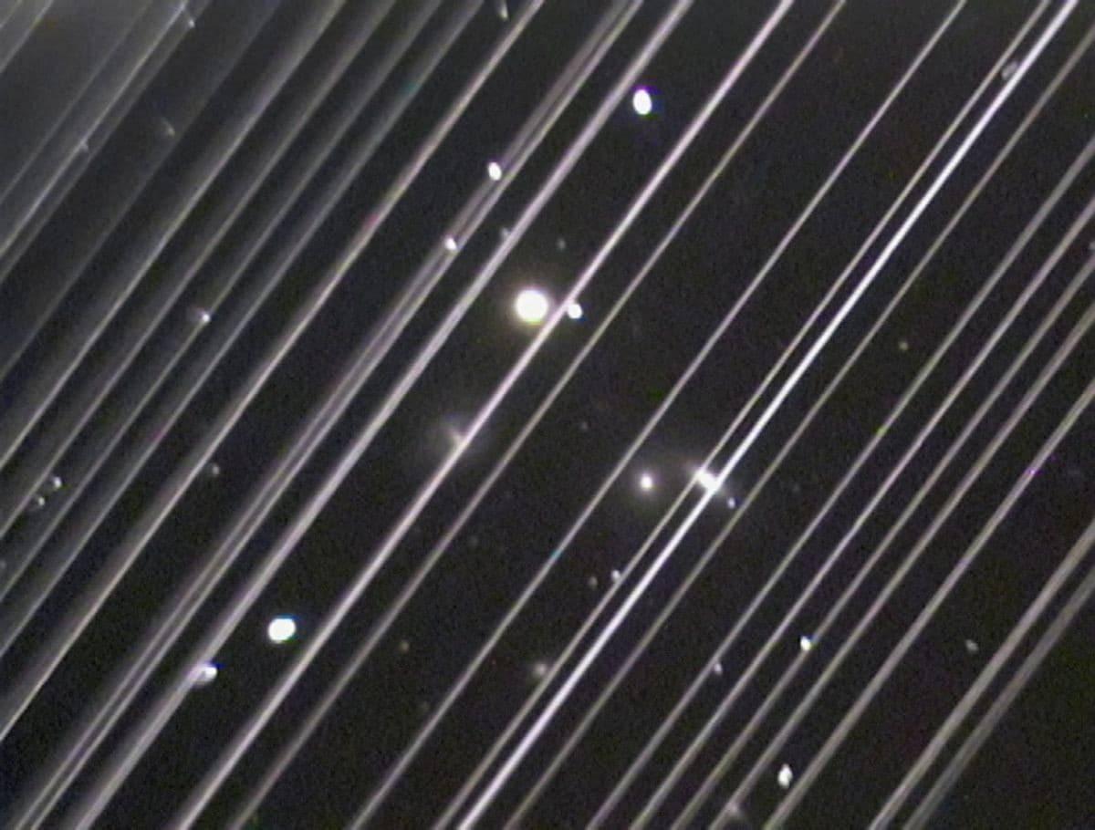 埃隆·马斯克的星链卫星让智利天文学家头疼不已
