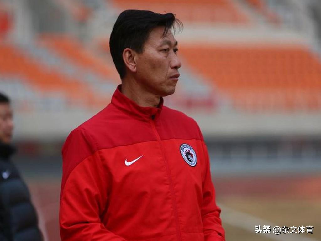 58岁前国脚曾是日本队克星!曾在中超执教,儿子却加入日本男足