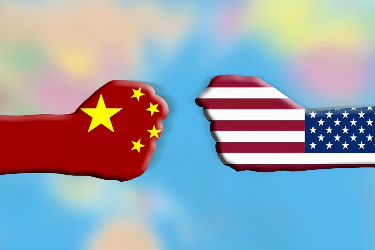 针锋相对,寸土必争:中国海警撞击日本炮舰,阻止其议员登钓鱼岛