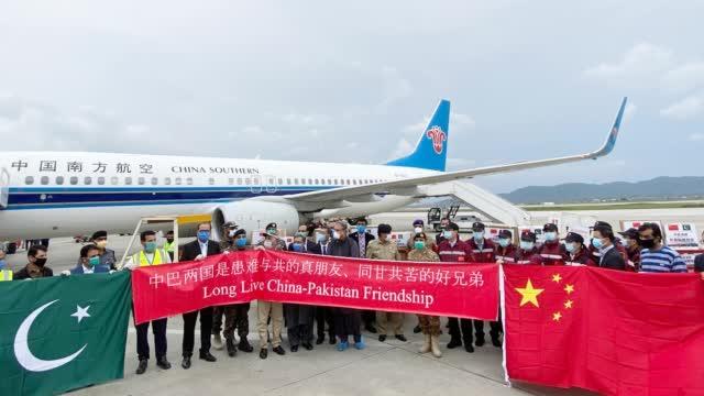 在特殊时期访华,主动接种中国疫苗,阿里夫总统对中国有多信任?