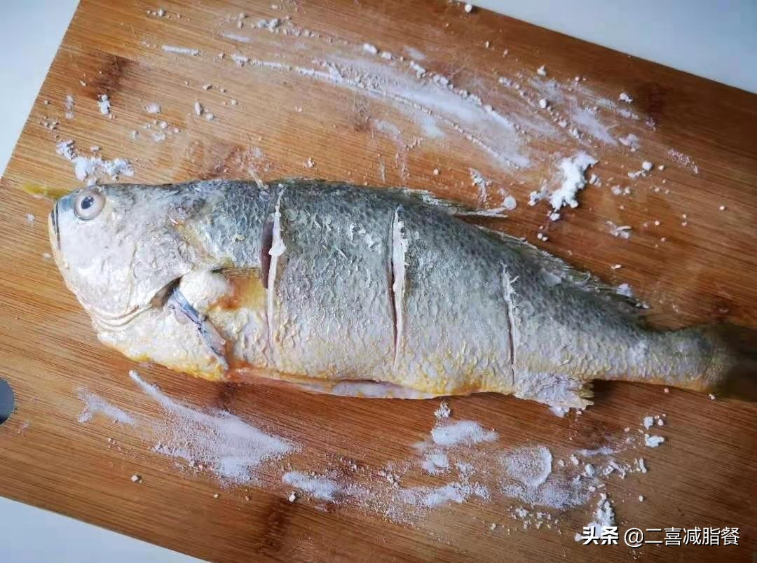 营养师的一天的减脂三餐,补脾养胃的糖醋大黄鱼做法来了 减肥菜谱做法 第9张