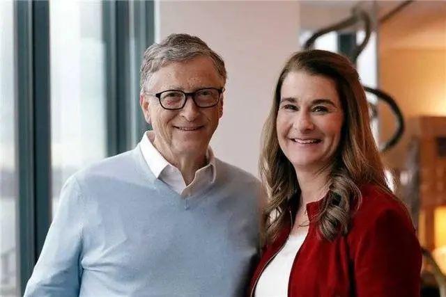 <b>看了比尔·盖茨出轨女下属的内情 我才知道什么样的女人不怕离婚</b>