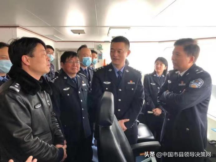 江苏响水县渔政联合公安开展沿海海域打击走私偷渡执法专项行动