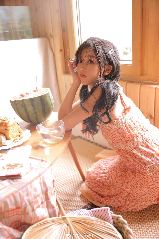 彭十六elf、兔子牙朱容君、惠子ssica、刀小刀sama、代古拉k热度最高网红女神