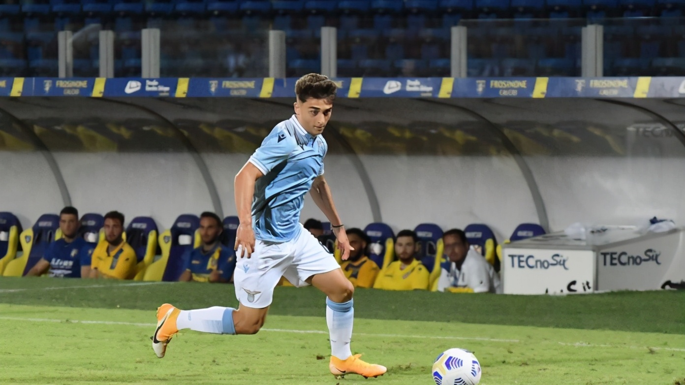 巴萨青训新秀600欧转投意甲,17岁上演处子秀被寄望比肩梅西