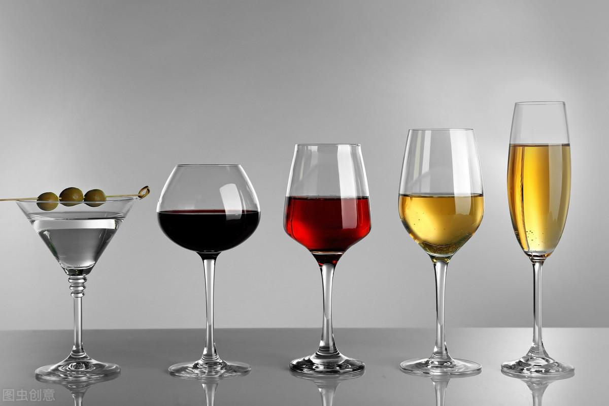 酒桌躲不出?喝一杯喝一杯连在喝,致尸体!酒前吃点这种,健肠胃养胃又醒酒
