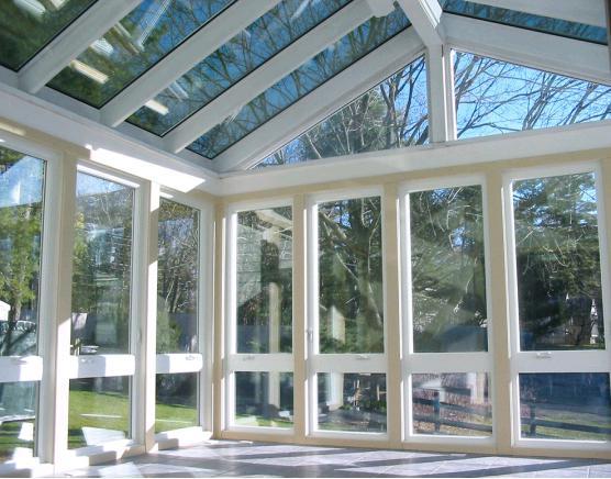 越来越多人装这种玻璃,隔热隔音还保温,比双层玻璃还实用!