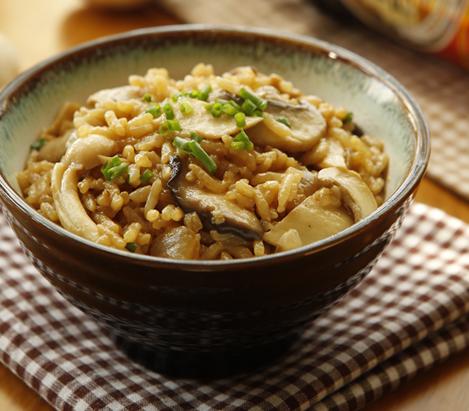 剩米饭别再炒饭了来试试这样的新方法出锅后饭菜都有了