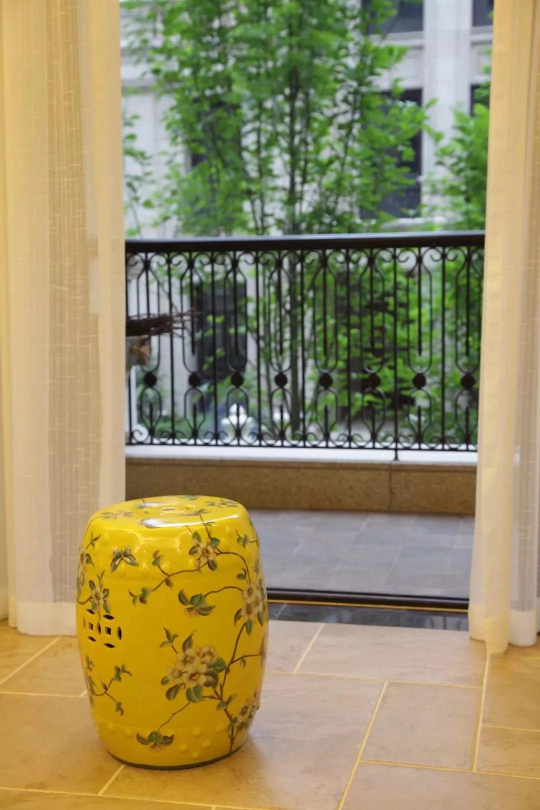 阳台护栏如何选,美观或安全?