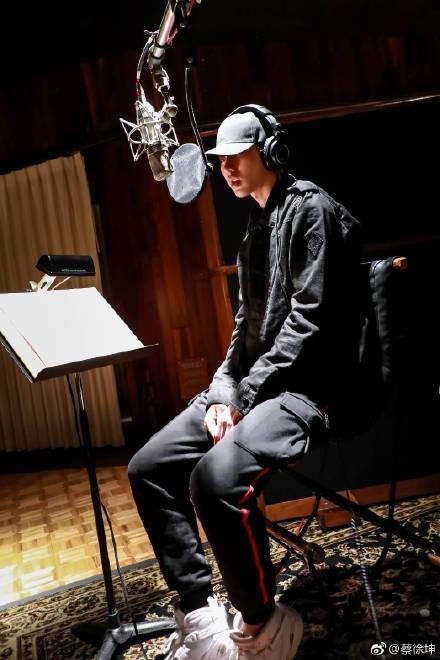 NPC资源大PK:小鬼节目多到范丞丞都没法比,但他还在淡定搞音乐