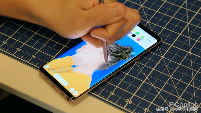 三星Note9评测:可变光圈加持,S Pen还能这样玩?