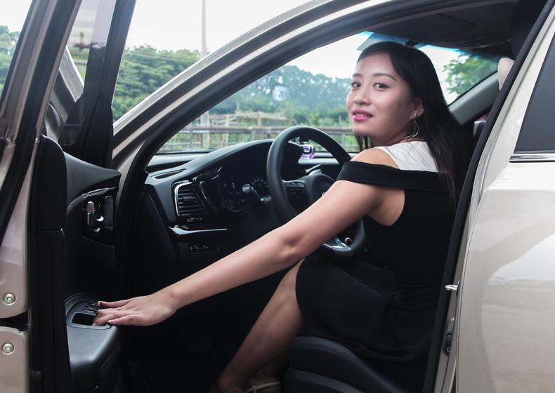 现代起亚K4美女车主换装汽车LED大灯|大美帽峰山看无限夕阳