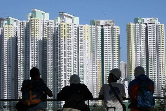 专家建议有条件允许城里人到乡下买房,国家刚回应,住房有新探索