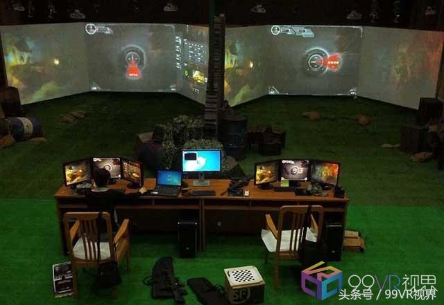大学军训季:现在都开始用VR射击了?