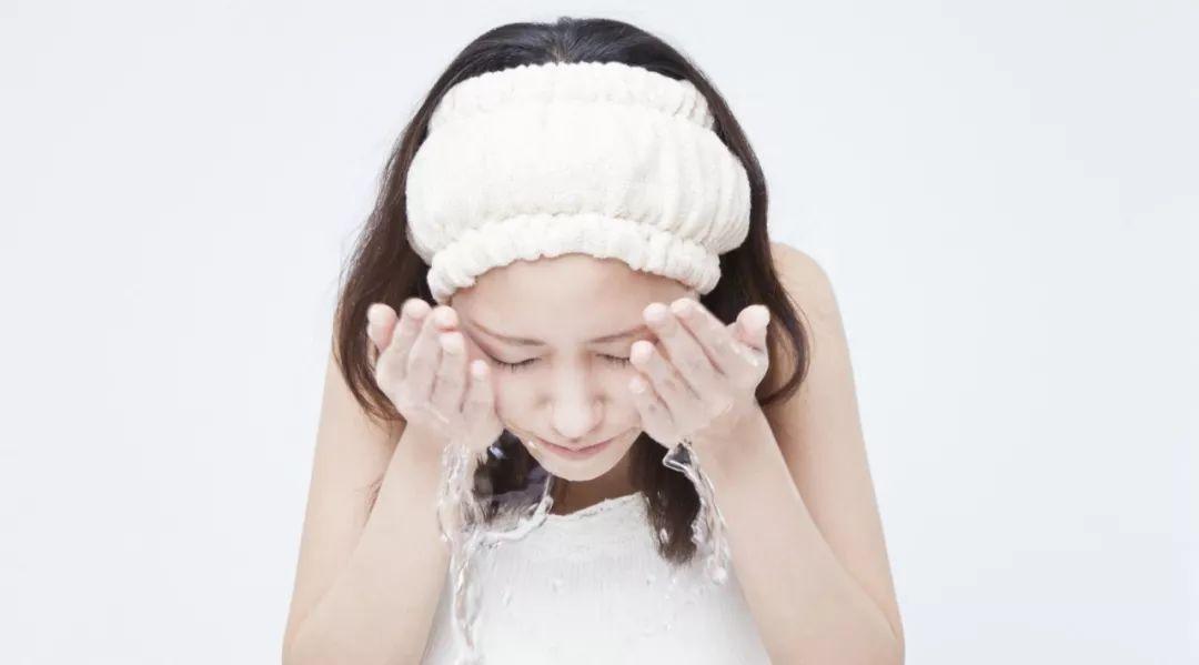 「水油平衡」根本不存在!医生才知道的 15 个护肤技巧,每个都出乎意料 皮肤保养 第2张