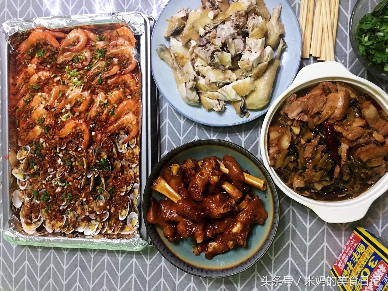 4道荤菜做法步骤图 一锅米饭不够吃最后撑得受不了