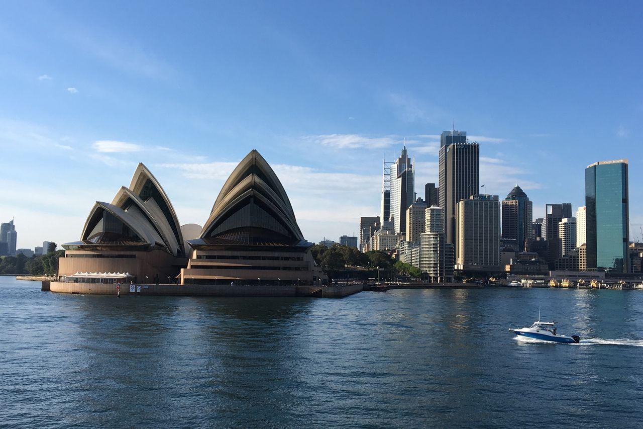 """澳大利亚挑战中国,被新西兰""""接走"""",呼吁更多的学习和与中国打交道"""