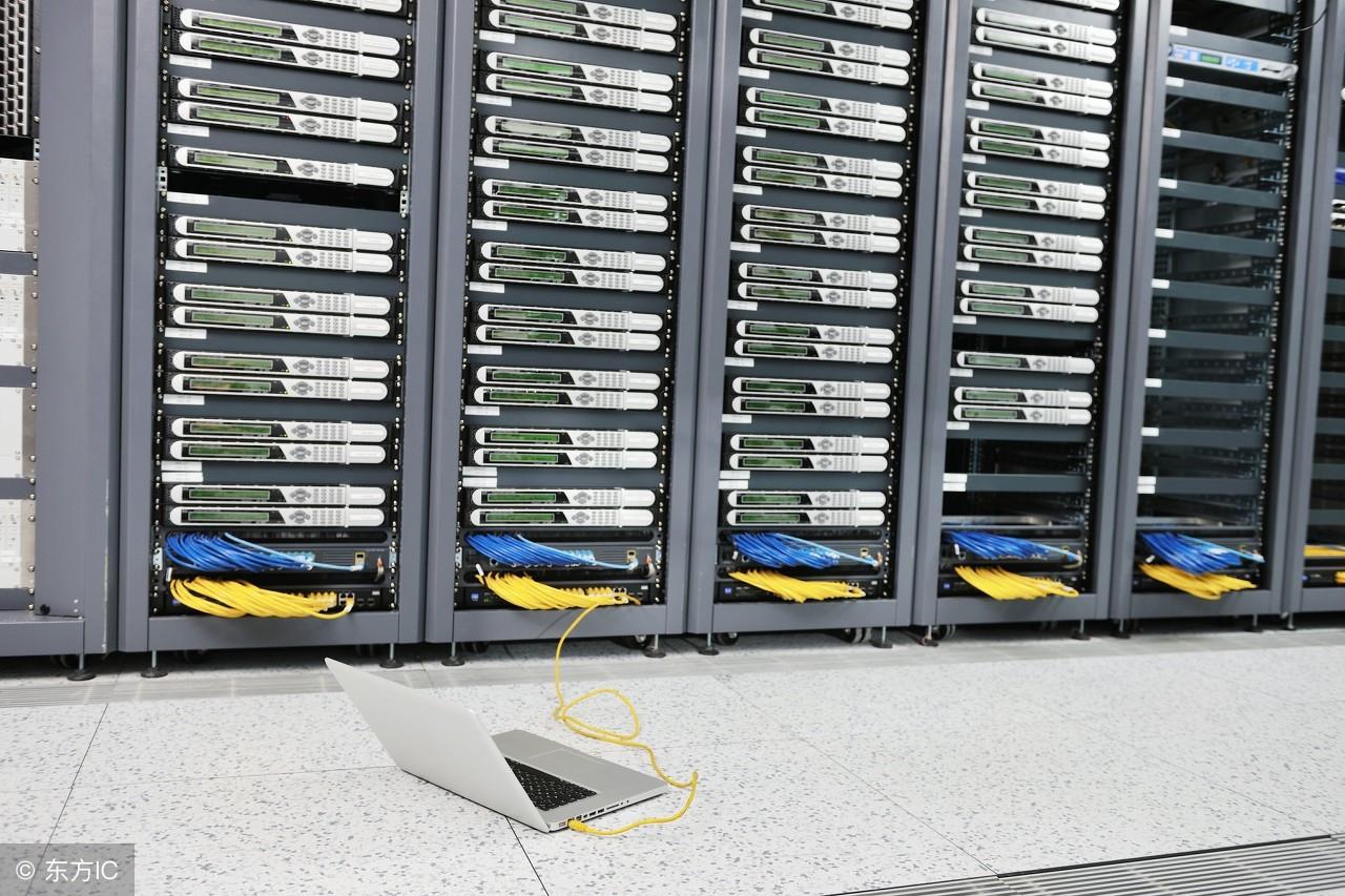 服务器托管的收费标准