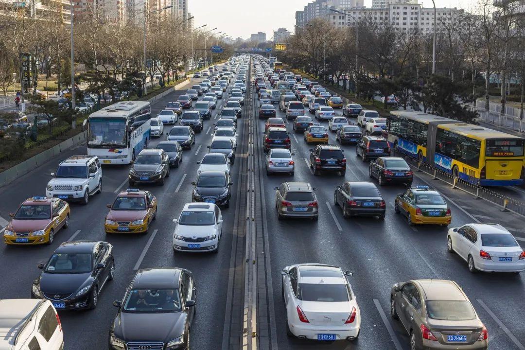 超过90%的新手,根本不知道汽车定速巡航该咋用