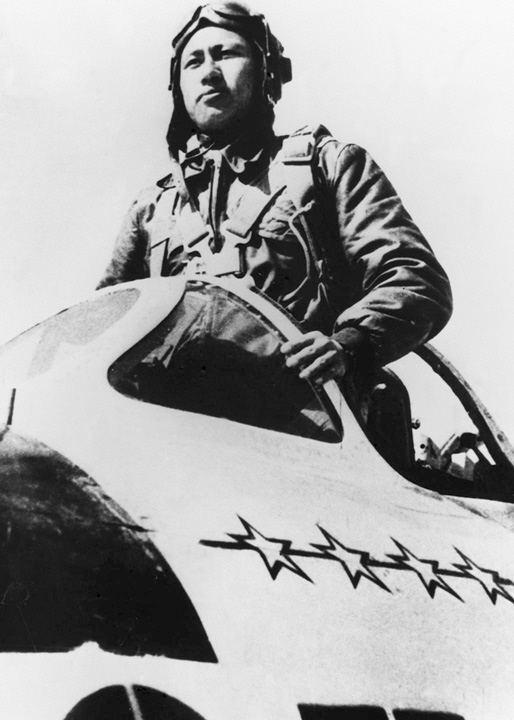刘震:三句真话连升3级,朝鲜战争重创美国空军,毛主席连连称赞