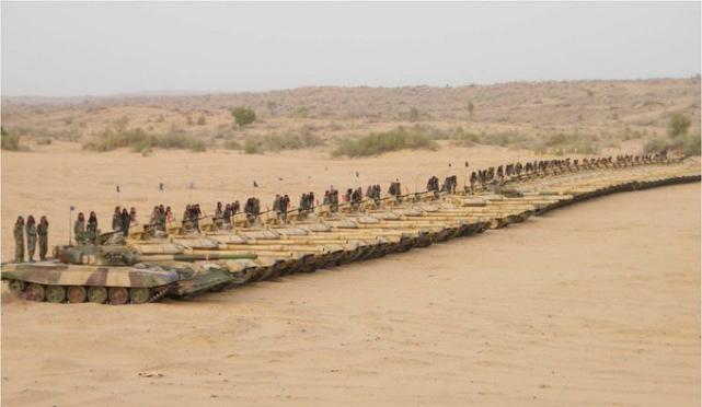 印媒:中印两国在边境部署坦克,都已进入对方的射程内