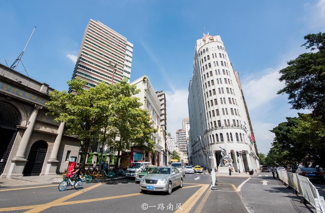 除了三亚,南方这两座城市既适合避寒游,也是养老之城