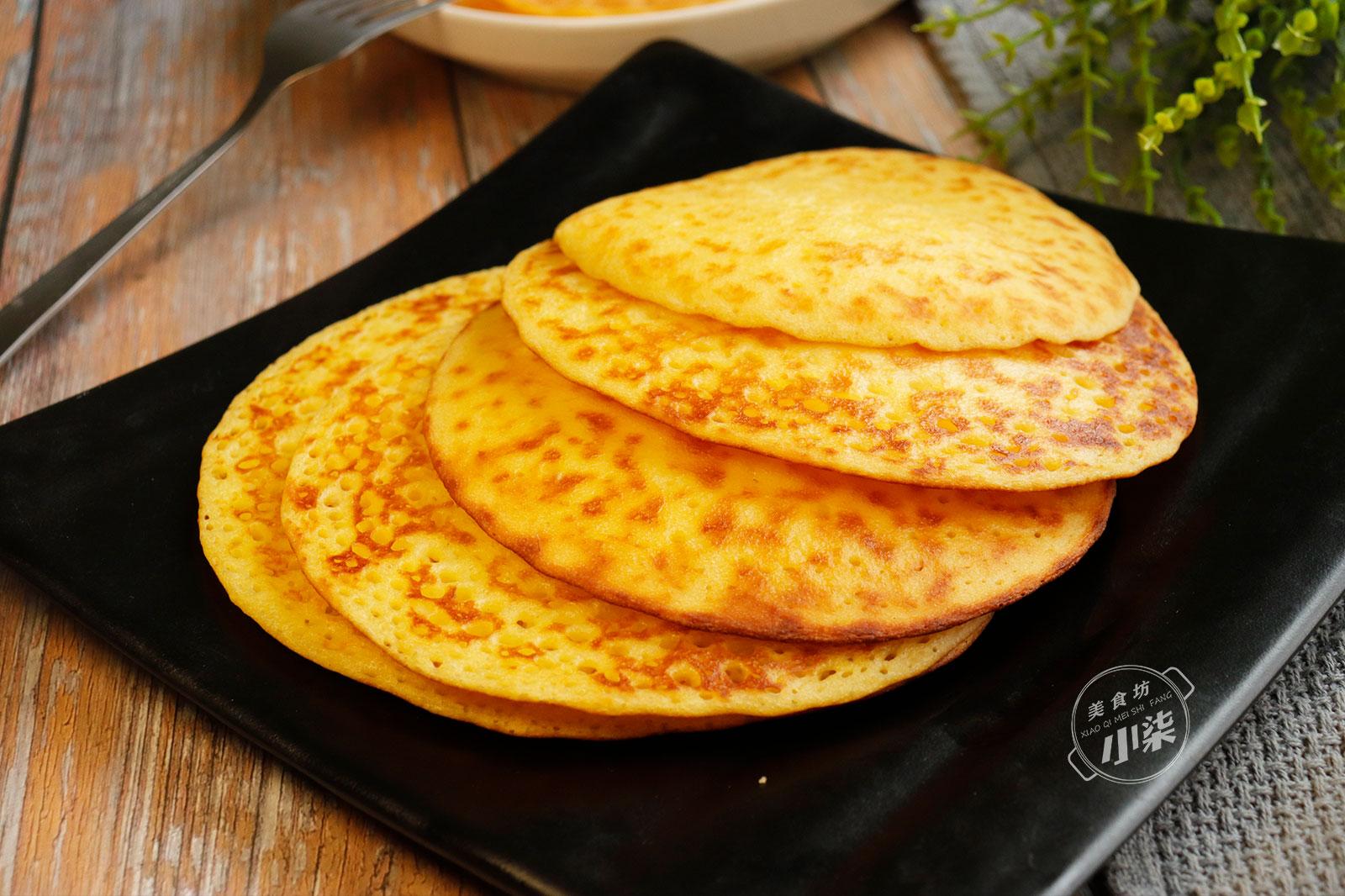 玉米麵最好吃做法,加一袋牛奶,筷子一攪,柔軟香甜,給肉都不換