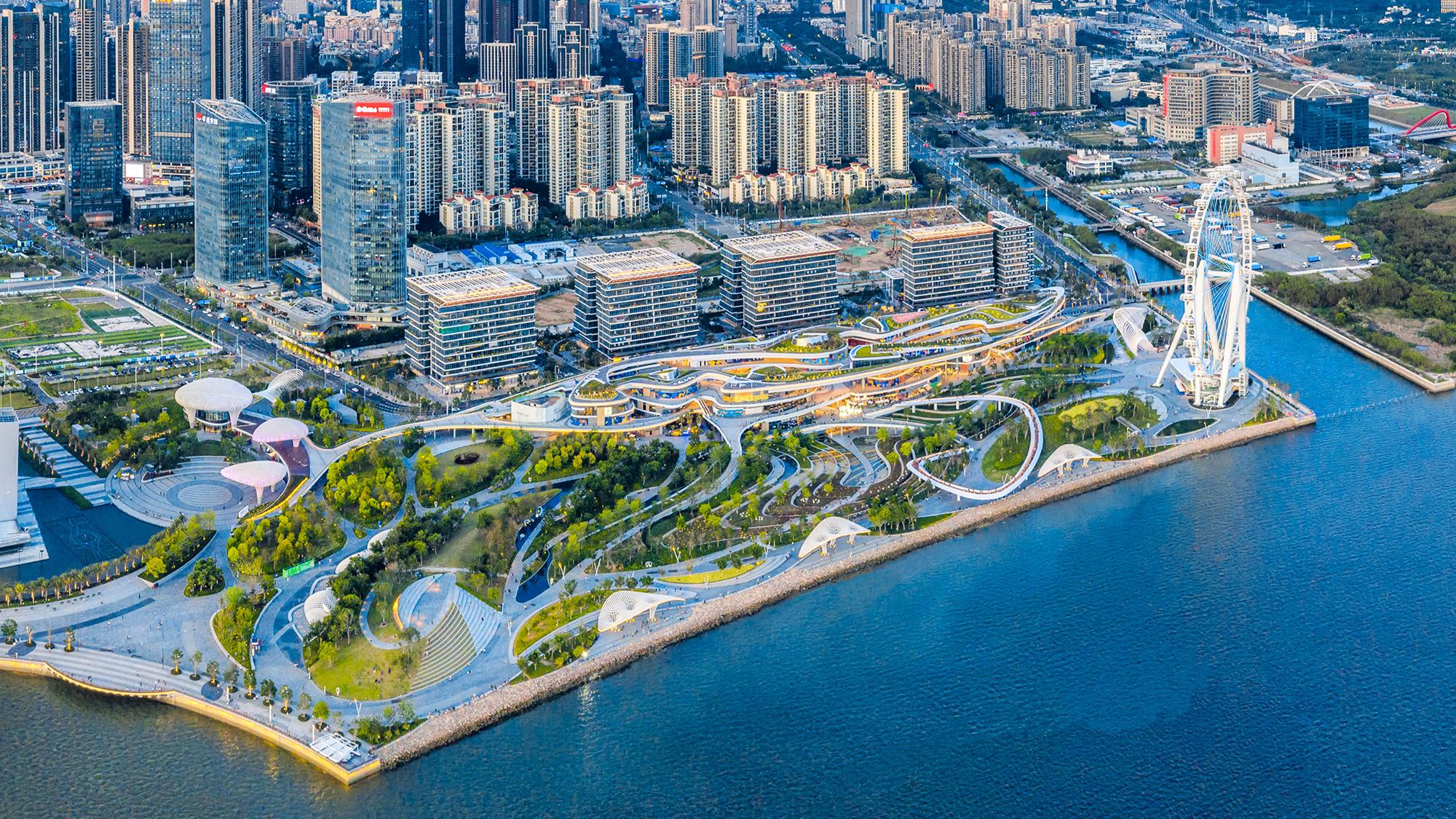 """链接自然生态与都市生活,""""很深圳""""的地标塑造者 / LLA建筑设计"""