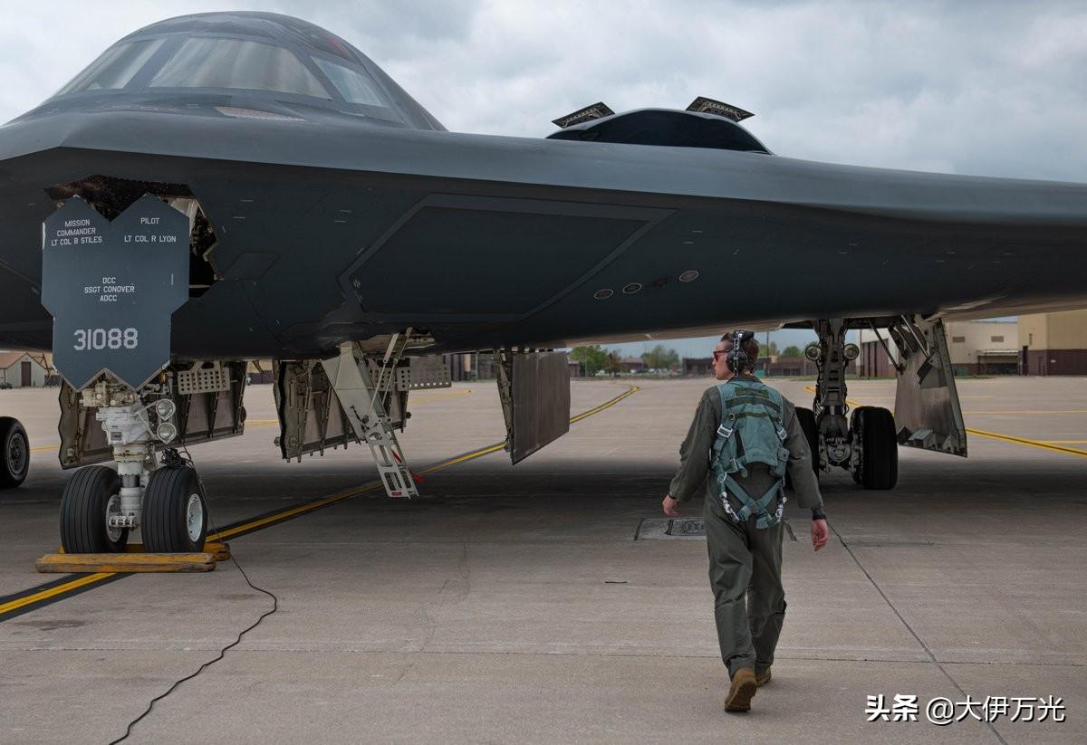 """美国称霸世界的五大""""杀手锏"""",中国想赶上,需要多长时间?"""
