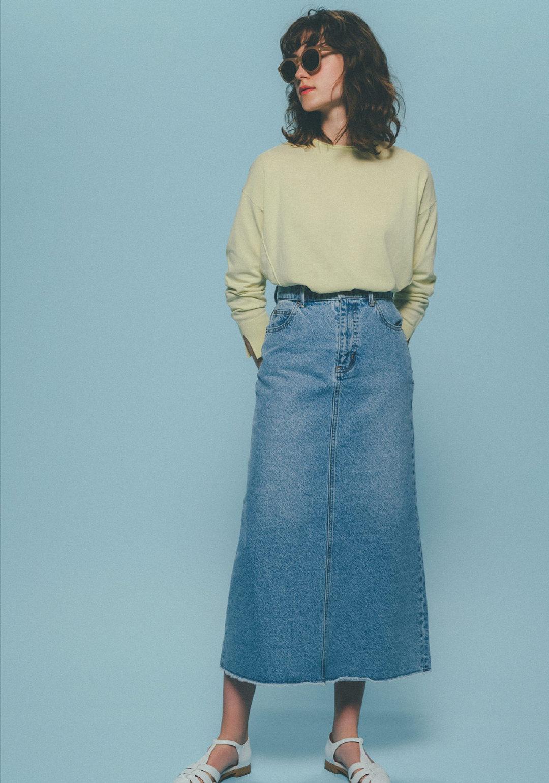 女人腿粗不要总穿牛仔裤,试试这些半身裙的搭配思路,显瘦又高级