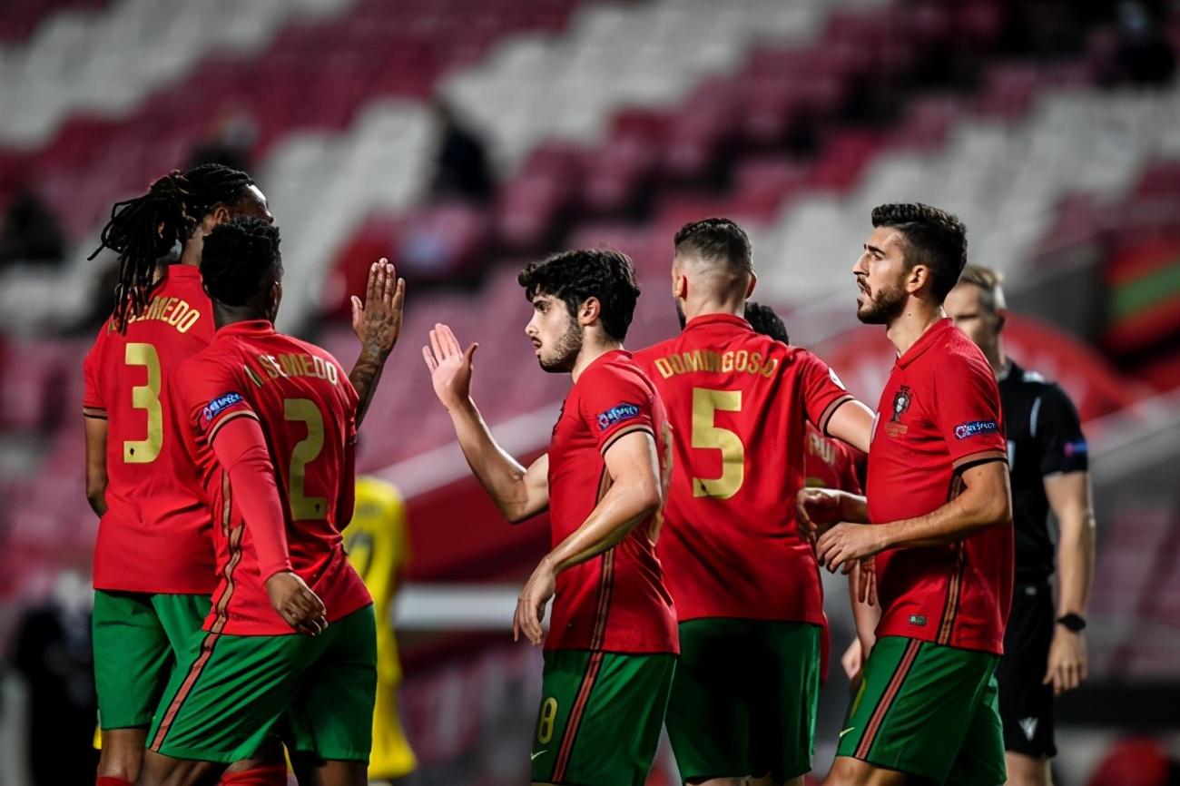 热身赛-C罗传射立功保利尼奥梅开二度 葡萄牙7-0