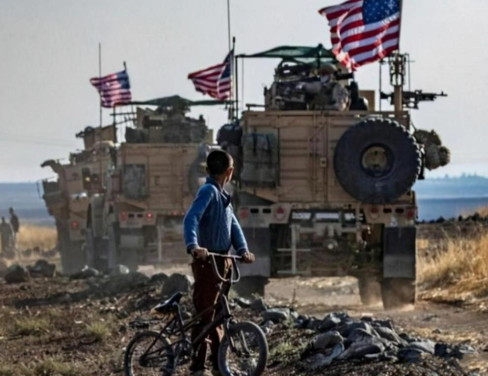 """""""卖国贼""""永远没有好下场,美军撤离阿富汗,翻译官们倒霉了"""