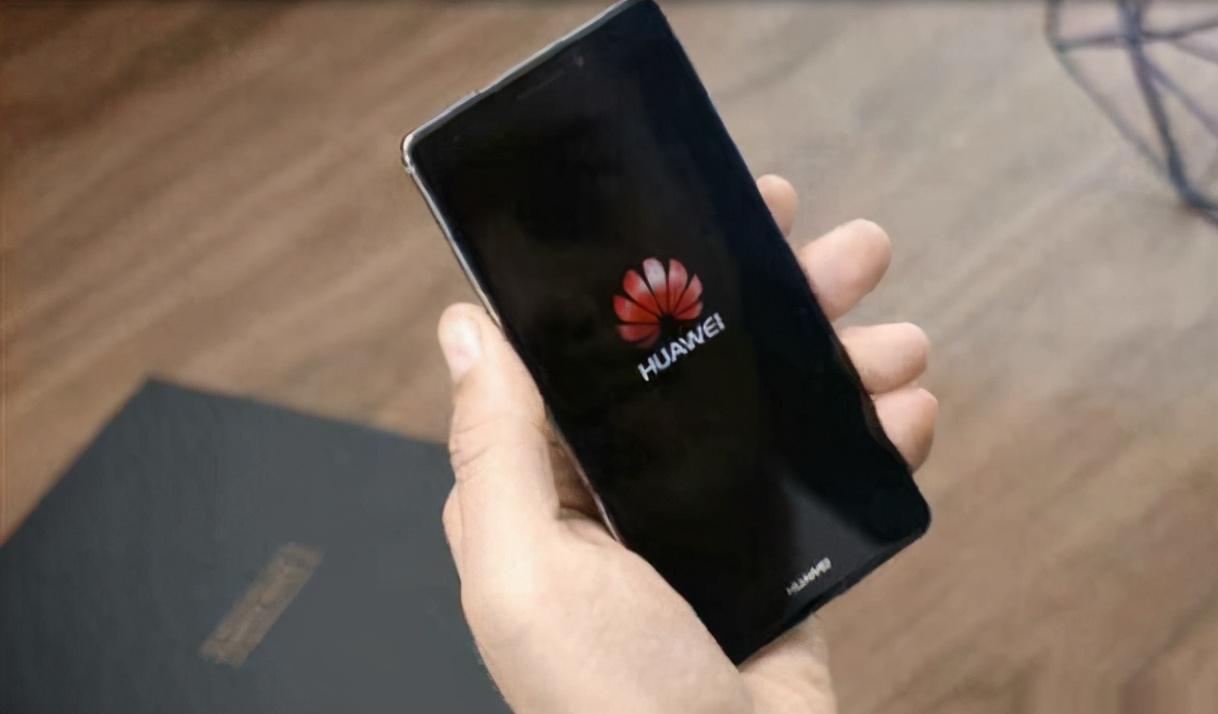 中国手机销售冠军易手,90天销量4610万台,成功超越华为