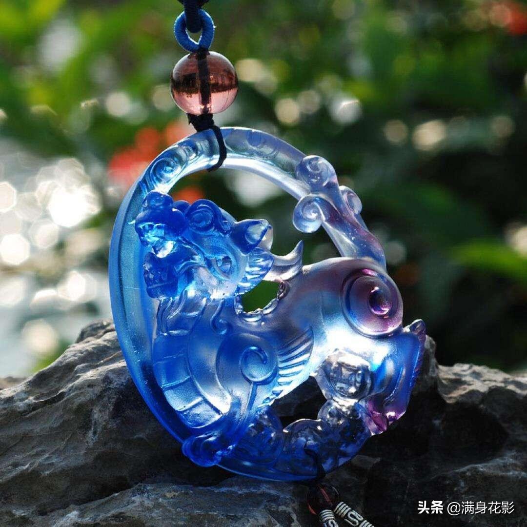 琉璃与玻璃及料器是一回事吗?