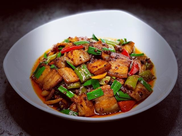 """陕西汉中洋县饮食习俗:""""蒸饭肉""""是高规格待客之道"""