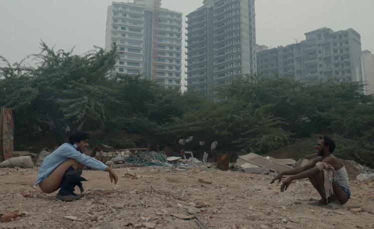 2021[印度/剧情/犯罪][白虎/The White Tiger]百度云高清下载图片 第4张