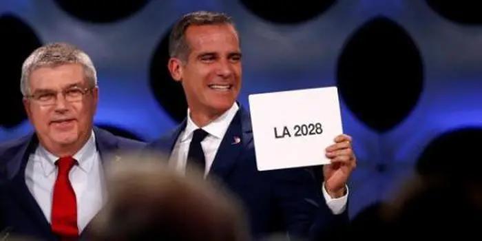 中国奥运金牌数什么时候能超越美国?