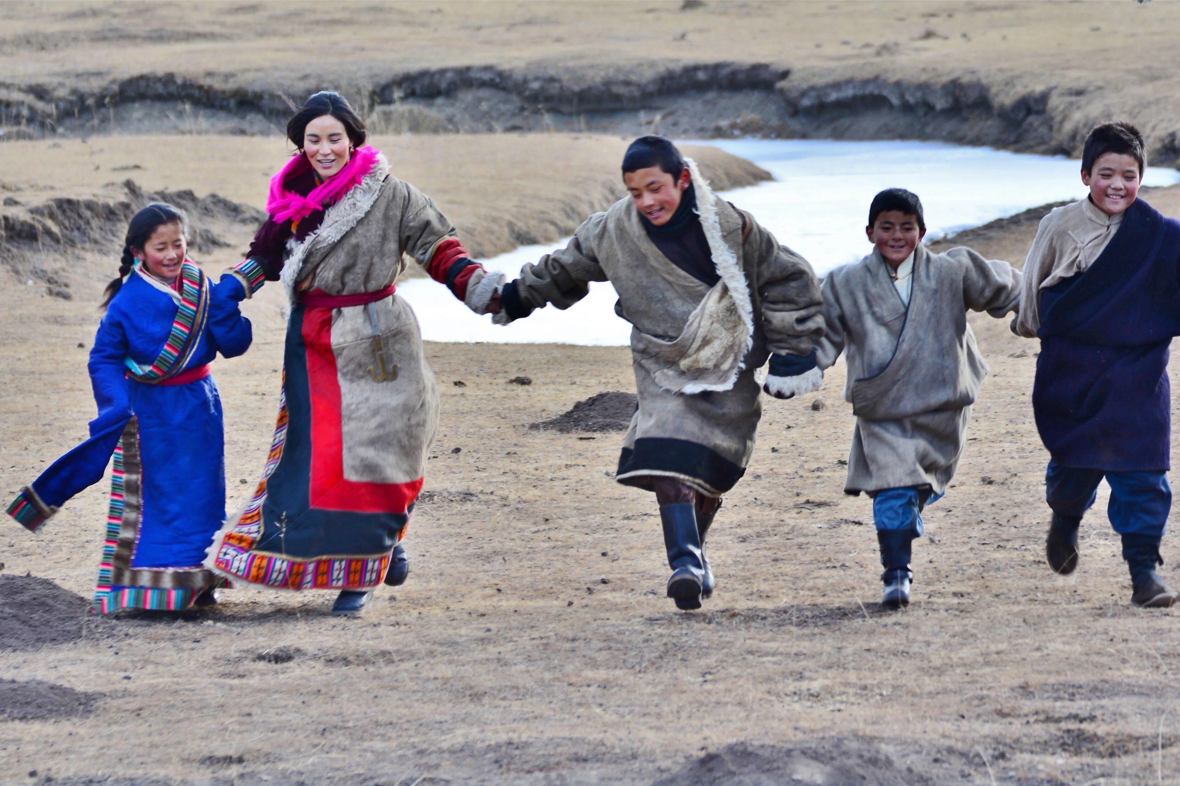 院线电影《生根》近期将在故土甘南上映