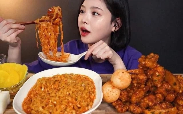深夜恶魔韩国吃播博主Boki大公开,满足你的好奇心