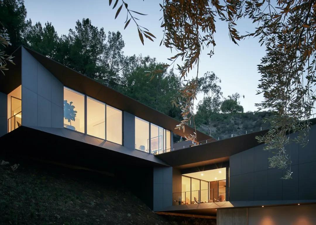 设计|隐在山中的390㎡豪宅