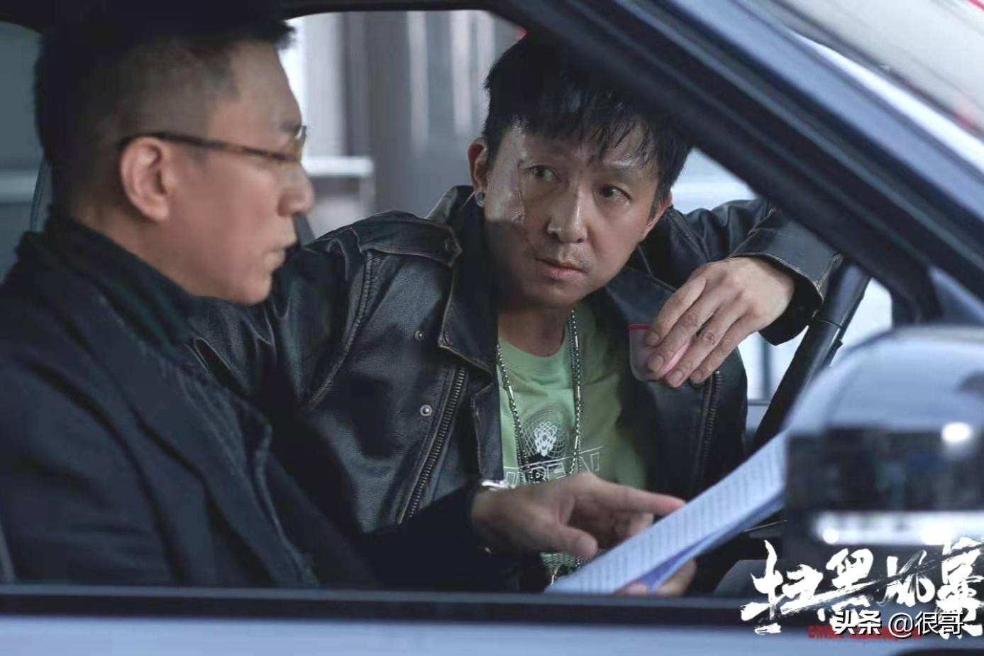 孙浩凭《扫黑风暴》出圈,不仅演技获赞,网友还给他起了个绰号