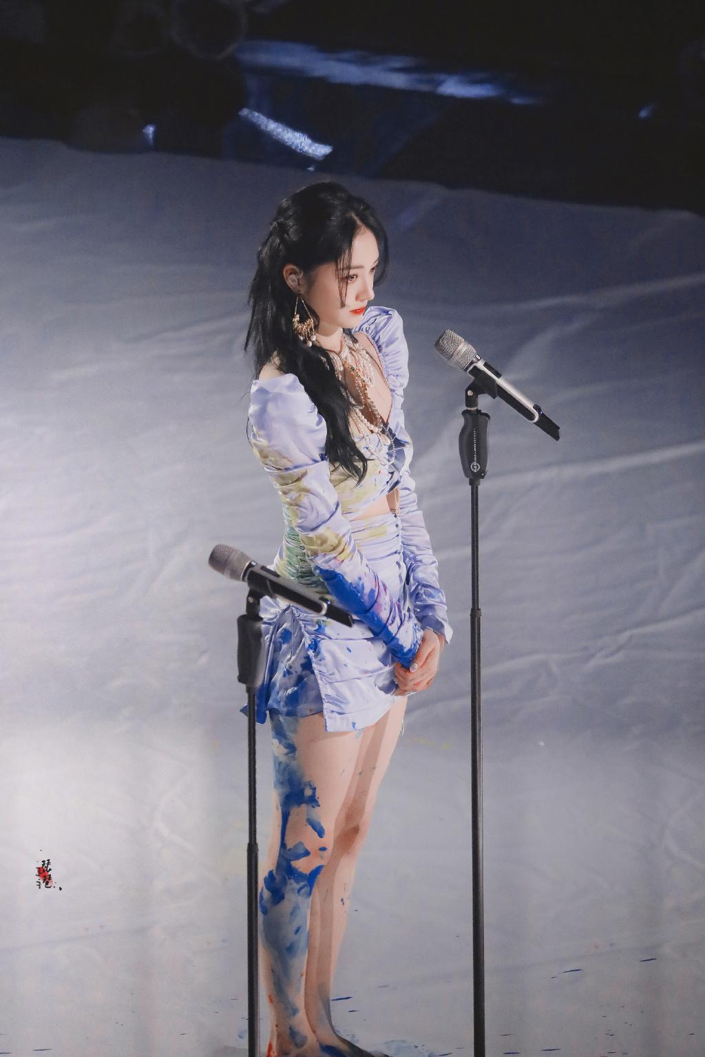 周洁琼《爆裂舞台》,异域公主造型上线,一眼惊艳找回自信了吗?