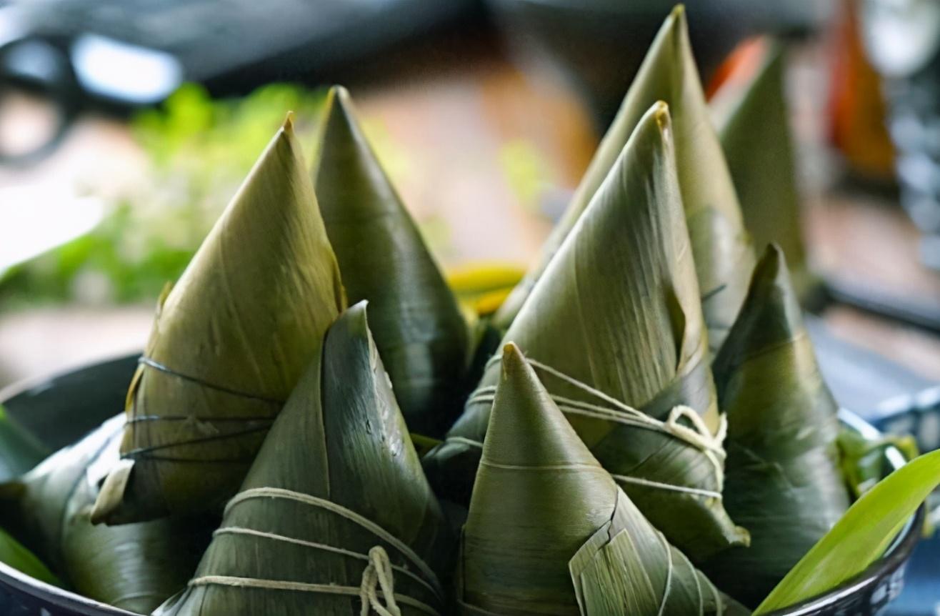 煮粽葉,冷水入鍋還是熱水入鍋? 方法做對,粽葉韌性好,香味濃