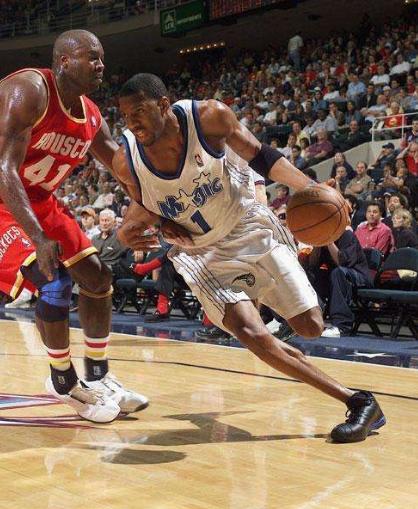 有一種天賦異稟叫T-Mac,跟腱長度歷史第二,高中就能平框灌籃!-籃球圈