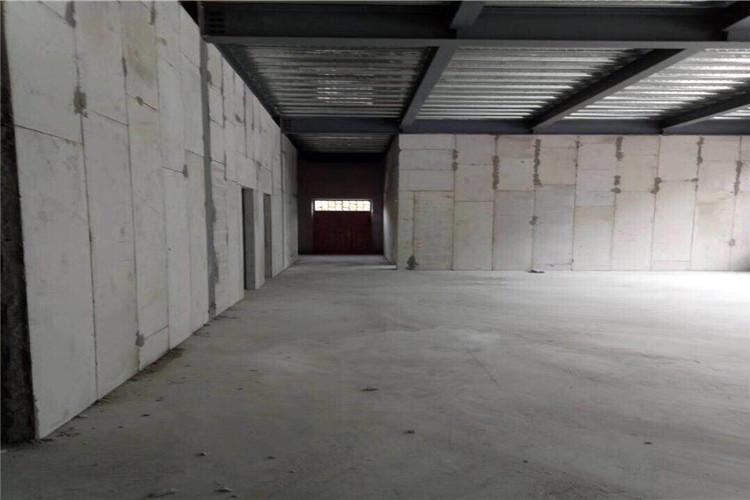 轻质隔墙板的种类划分及优缺点解析