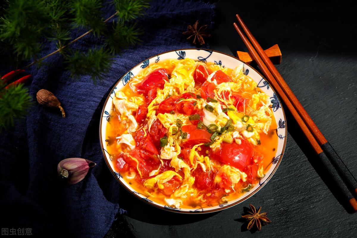 做西红柿炒鸡蛋,这几个步骤不能少,照着做,鸡蛋软嫩,酸甜多汁 美食做法 第4张